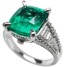 Colombian emerald engagement rings