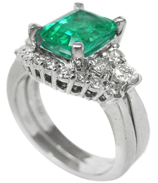 Emerald and matching wedding band ring